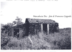 Antica casetta rurale