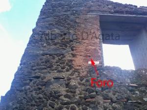 Foto 5 - Palmento dinnanzi casa amato con foro da proiettile