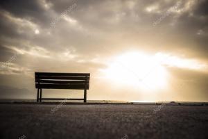 depositphotos_57779245-stock-photo-empty-bench